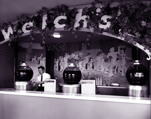 Welch's Grape Juice at Disneyland 1955