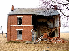 Rt 6 Stryker, Ohio (Equinox27) Tags: ohio brick abandoned rural decay victorian stryker oncewashome