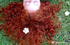 Morning Sunshine! (QueenNeveen) Tags: green me grass garden relax whiteflower explore curly aloha redhaired flickrcolour jalalspagescoloursoflifealbum colourartaward platinumheartawards womenexpression queenneveen ivebeentagged