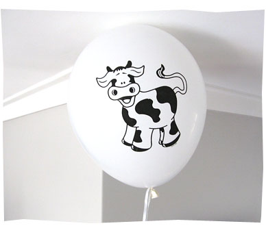 Daisy the Cow Balloon