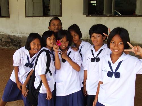 Phratom 5 students, Thailand