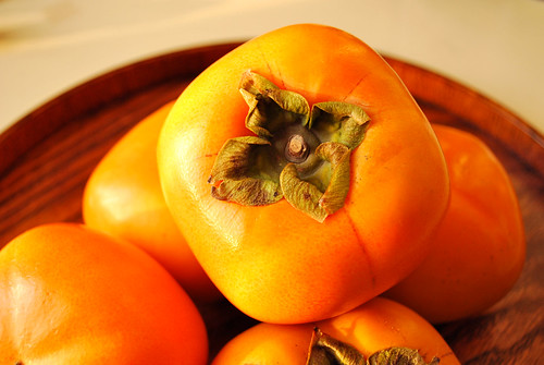 japanese persimmon / 柿 kaki japanese persimmon /