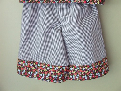 flower/gingham pants