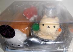 nyanko plush set >^..^< (iheartkitty) Tags: cute japan cat bread japanese soup milk strawberries plush kawaii spork sanx nyanko iheartkitty