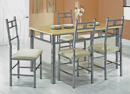 Michigan Dining Table & Chairs