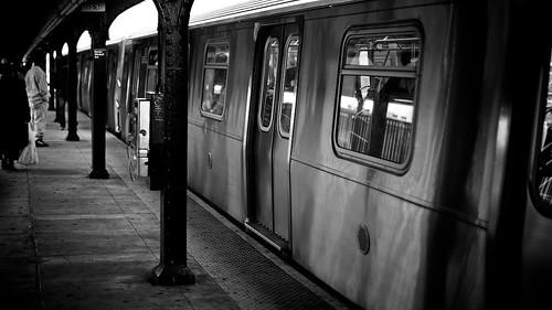NYC Metro M Line, Myrtle Av & Wyckoff Av Station