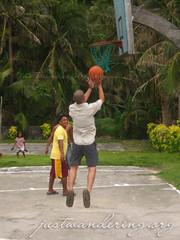 Basketball in Batanes (nina_theevilone) Tags: philippines batanes chavayan sabtang