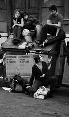Occupiamo anche il futuro... (telemonkeyo) Tags: roma studenti corteo gelmini manifestazionestudentesca nogelmini legge133 nolegge133 14novembre2008