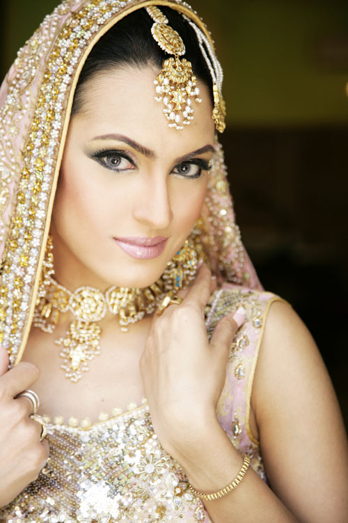 photo: Royal The Asian Bride