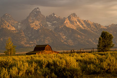 Good morning, Sunshine!!! (jrtchris) Tags: mountains barn sunrise tetons rs grandteton moulton gtnp mywinners abigfave mormonbarn anawesomeshot isawyoufirst multimegashot absolutelystunningscapes vosplusbellesphotos flickrclassique