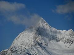 Ober Gabelhorn (VS - 4`062m) bei Zermatt , Kanton Wallis , Schweiz (chrchr_75) Tags: hurni christoph schweiz suisse switzerland svizzera suissa swiss kanton wallis valais alpen alps berge mountains matterhorn mont cervin monte cervino landschaft landscape schnee snow neige gornergrat zermatt winter chrchr chrchr75 chrigu chriguhurni 0812 ober gabelhorn obergabelhorn albumunterwegsindenwalliseralpen kantonwallis natur nature hurni081221 viertausender berg montagne montagna mountain walliser kantonvalais