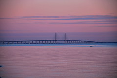 Last daylight on Oeresund Bridge - Dragoer, Denmark (OrangUtanSam) Tags: sunset sky cloud sun clouds denmark dragr skies copenhagenairport resund dragoer redskies oeresund