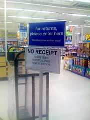 Toys R Us return sign