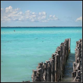 Isla Mujeres bluish beach