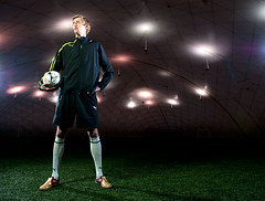 Peter Crouch (Photosmudger) Tags: lighting england sport magazine spurs football nikon published flash location ambient puma fitness strobe tottenham petercrouch strobist