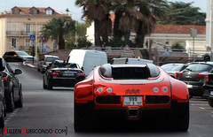 RRR is back ! With the craziest Bugatti Veyron ever ! Driving in Cannes (Julien Rubicondo Photography - julienrubicondo.com) Tags: blue sea sky orange black cars water car la julien nikon dubai yacht cannes 911 uae wrapped wrap ferrari voiture luna fluorescent arab coche porsche saudi arabia gto diablo sa d200 bugatti lamborghini luxury luxe sheik gt2 countach gallardo qatar supercars 612 veyron 430 murcielago aperta ajman 996 gt3 550 993 997 pagani miura croisette 355 599 gt1 lp640 worldcars lp550 rubicondo lp670