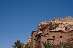 La forteresse (4) (of joy & pain) Tags: city morocco maroc ouarzazate f28 ksar forteresse kasbah fortified atbenhaddou efs1755 eos400d