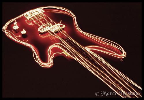 Basso - Bass ( Light Painting Serie )