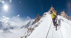 On the ridge (fredlab) Tags: ski france alpes pano glacier valley chamonix frenchalps valleblanche abigfave valledechamonix