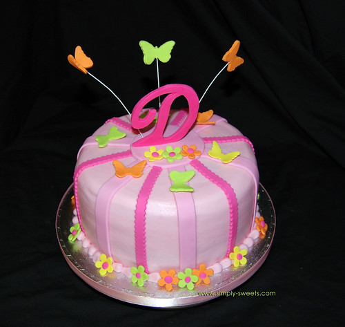 Daniela Jay Boutique monogram cake with butterflies and flowers