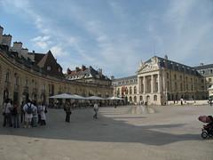 Place de la Libration (dlge) Tags: buildings dijon columns palaces placedelaliberation