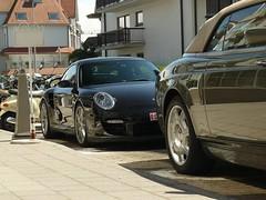 Porsche 997 GT2 & Rolls-Royce Drophead Coupé (Robin Kiewiet) Tags: door sports robin car lumix photography doors belgium very frankfurt north 911 suicide belgië fast convertible autoshow international exotic turbo american porsche knokke record concept phantom 36 rs luxury coupe 67 fia dmc gt2 evo motorshow 2007 exotics combo v12 gt3 997 nürburgring 100ex gt1 kiewiet flat6 fz8 520bhp