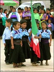 Escolta751 (-Karonte-) Tags: nikoncoolpix8700 coolpix8700 indigenaschiapas indigenouschildren niosindigenas altoschiapas josemanuelarrazate