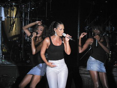 Alicia Keys : Live in Singapore : 3 Aug 2008 (chinnian) Tags: concert singapore live gig fortcanning aliciakeys singfest2008