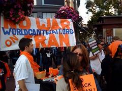 Frank Chu @ Powell St war protest. (joshdamon) Tags: protest frankchu unionsquare sfwalk