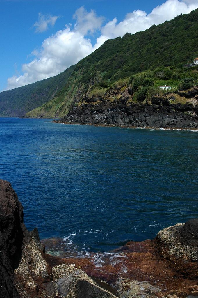 S. Jorge, costa sul