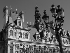 Paris City Hall. (somebody_told_me) Tags: bw paris architecture architektur hteldeville architektura pary pariscityhall frenchrenaissance
