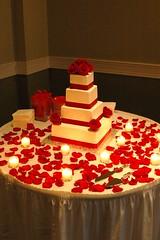 2856438928 ff548e76af m Baú de ideias: Casamento vermelho e branco