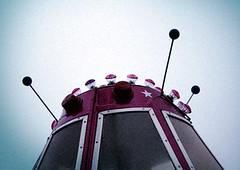 08-09-23 (Diana Khne Illustration   dianakoehne.de) Tags: space rosa ufo stern kirmes hamm stunikenmarkt