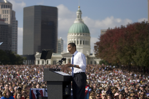 20081018_St.Louis_MO_ArchRally0333.jpg by Barack Obama.
