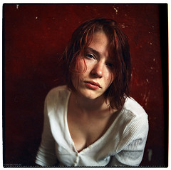 see my feature at max.de (pixelwelten) Tags: portrait woman color colour art girl analog mediumformat sensitive kunst hamburg sensual medium format nah analogue emotional delicate intimate feature mittelformat intim sinnlich maxde nachhaltig pixelwelten rdigerbeckmann wwwpixelweltende beyondvanity jenseitsvoneitelkeit