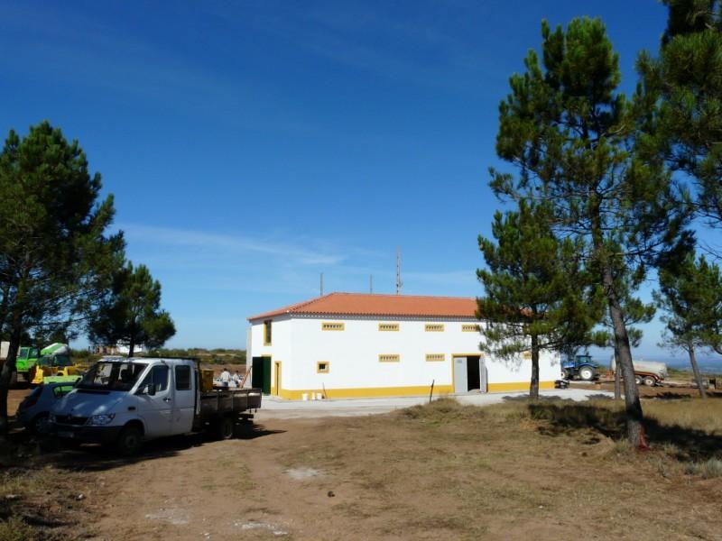 (Portugal) Construction du parc éolien du Sabugal 2970213140_cab0104510_o.jpg