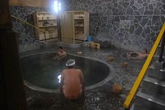 名物 白猿の湯/盗撮/立ち湯 最大深さが150cm