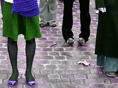 Dance ¬ 5923 (Lieven SOETE) Tags: life street brussels people urban woman art feet shoe moving donna movement mujer theatre live femme leg 2008 swarm homme molenbeek zwerm volée lievensoete livingthecity