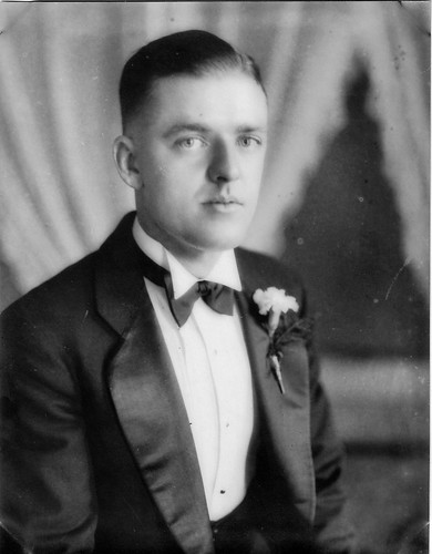 Cholly Lehrer c. 1930.jpg
