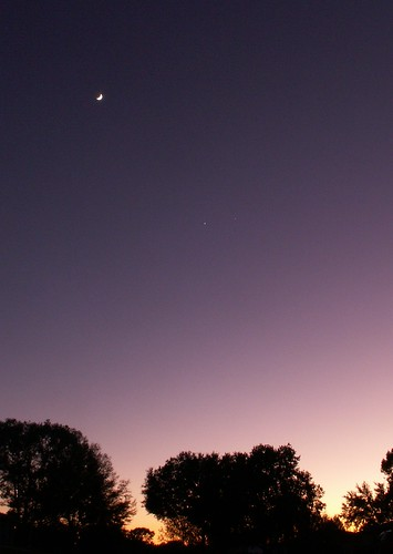 The Moon, Venus, and Jupiter 1