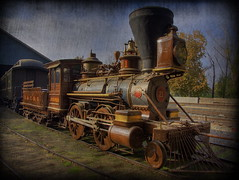 Vintage Train, Sacramento, California (Thad Roan - Bridgepix) Tags: california old railroad texture museum train vintage track rail historic steam locomotive sacramento traintrack railfan hdr oldsacramento switcher railfanning californiastaterailroadmuseum photomatix 200811