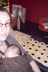 baking & babywearing.1