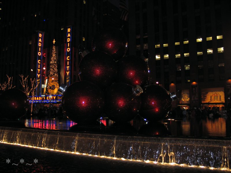 IMG_5154-Radio-City-fountain-Christmas-2007