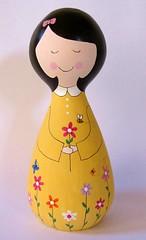 A vida eh bela!!! (Belle Bellica) Tags: wood flowers flores yellow butterfly doll bee abelha amarelo borboleta boneca woodendoll