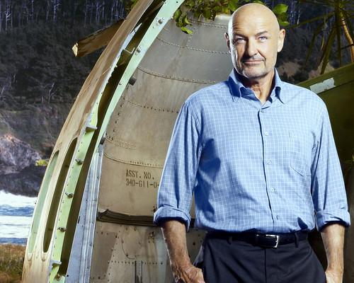 Lost S5 John Locke avión