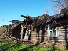 Vanishing village life (Axiraa) Tags: building spring europe estonia baltic baltics estland jõgevamaa estremità vanagram