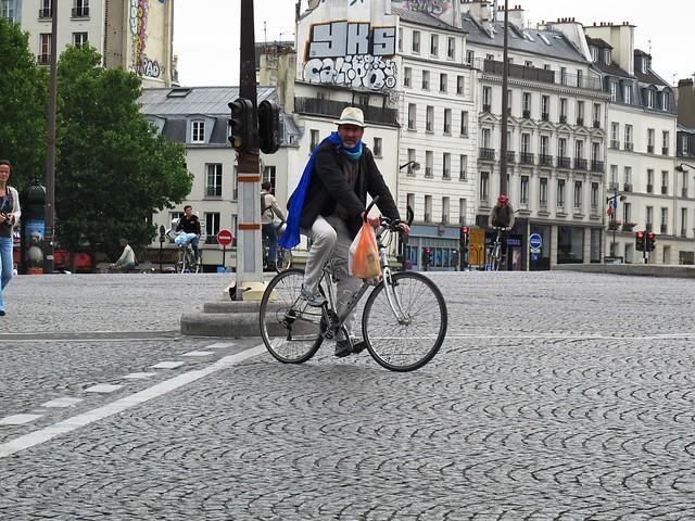Paris Cycle Chic