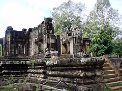 DSC01972 (Dont Open Until Dooms Day) Tags: cambodia khmer angkorwat preahkhan bayon angkorthom khmerart