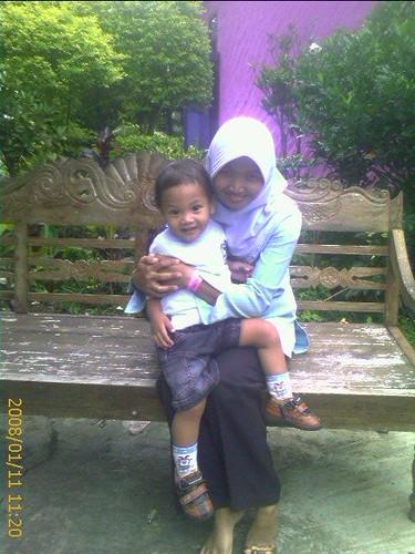 Istri dan Anakku