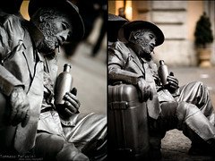 Still Man (Korso87) Tags: show street sculpture man rome art canon bottle homeless gray rocky 85mm canoniani